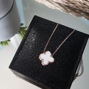 Stainless steel white clover necklace